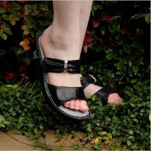 ALEGRIA Black Sparkle Leather Strappy Sandals